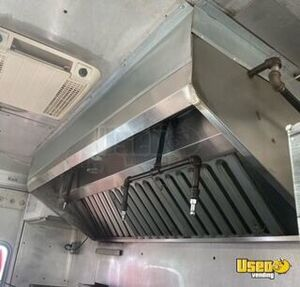 1988 24' Step Van Kitchen Food Truck All-purpose Food Truck Additional 1 Texas Gas Engine for Sale