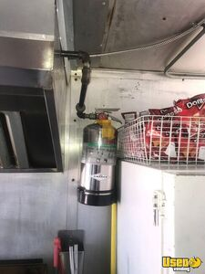 1988 24' Step Van Kitchen Food Truck All-purpose Food Truck Triple Sink Texas Gas Engine for Sale