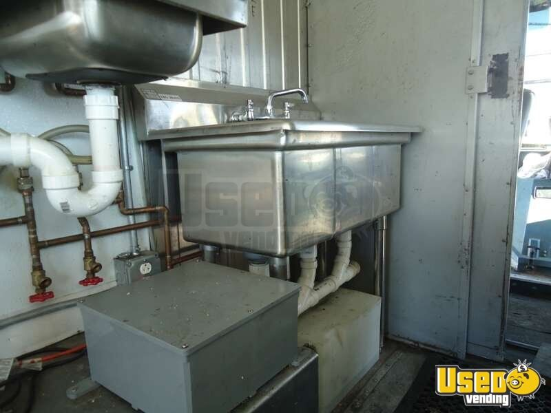 1988 Chevrolet P30 Food Truck Hand-washing Sink Missouri for Sale - 9