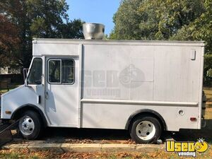 1988 P30 Kitchen Food Truck All-purpose Food Truck Concession Window Maryland Diesel Engine for Sale