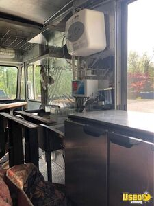 1988 P30 Kitchen Food Truck All-purpose Food Truck Generator Maryland Diesel Engine for Sale