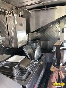 1988 P30 Kitchen Food Truck All-purpose Food Truck Insulated Walls Maryland Diesel Engine for Sale