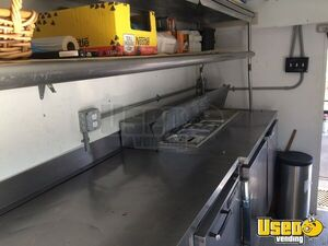 1989 P30 Step Van Food Truck All-purpose Food Truck Exterior Lighting Pennsylvania Gas Engine for Sale