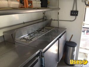 1989 P30 Step Van Food Truck All-purpose Food Truck Interior Lighting Pennsylvania Gas Engine for Sale