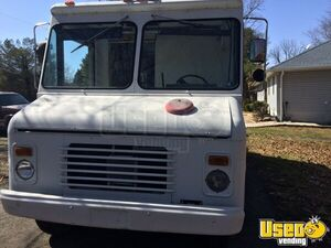 1989 P30 Step Van Food Truck All-purpose Food Truck Propane Tank Pennsylvania Gas Engine for Sale