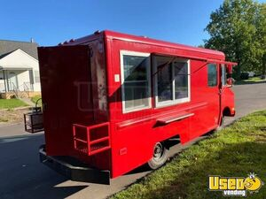 1989 Step Van Kitchen Food Truck All-purpose Food Truck Diamond Plated Aluminum Flooring Michigan Gas Engine for Sale