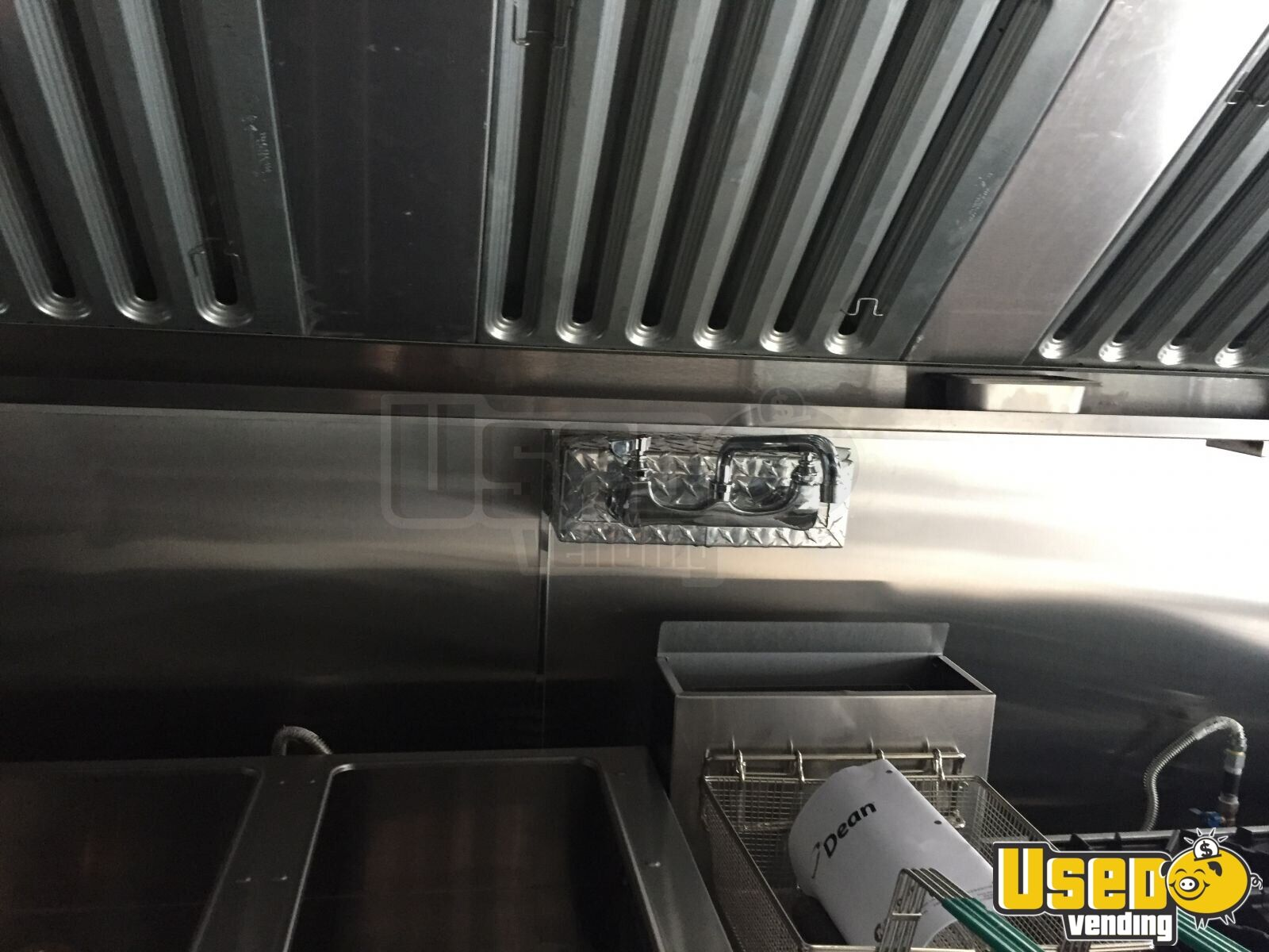 1990 Chevy 6t042 Grunman All-purpose Food Truck Upright Freezer Florida Gas Engine for Sale - 16