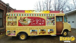 1990 Gmcbox Truck All-purpose Food Truck Concession Window Pennsylvania Diesel Engine for Sale