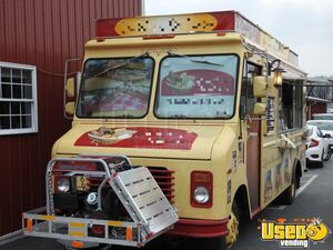 1990 Gmcbox Truck All-purpose Food Truck Deep Freezer Pennsylvania Diesel Engine for Sale