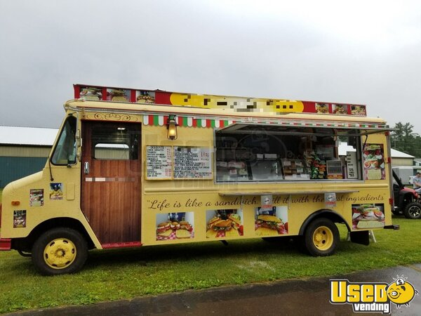 1990 Gmcbox Truck All-purpose Food Truck Pennsylvania Diesel Engine for Sale