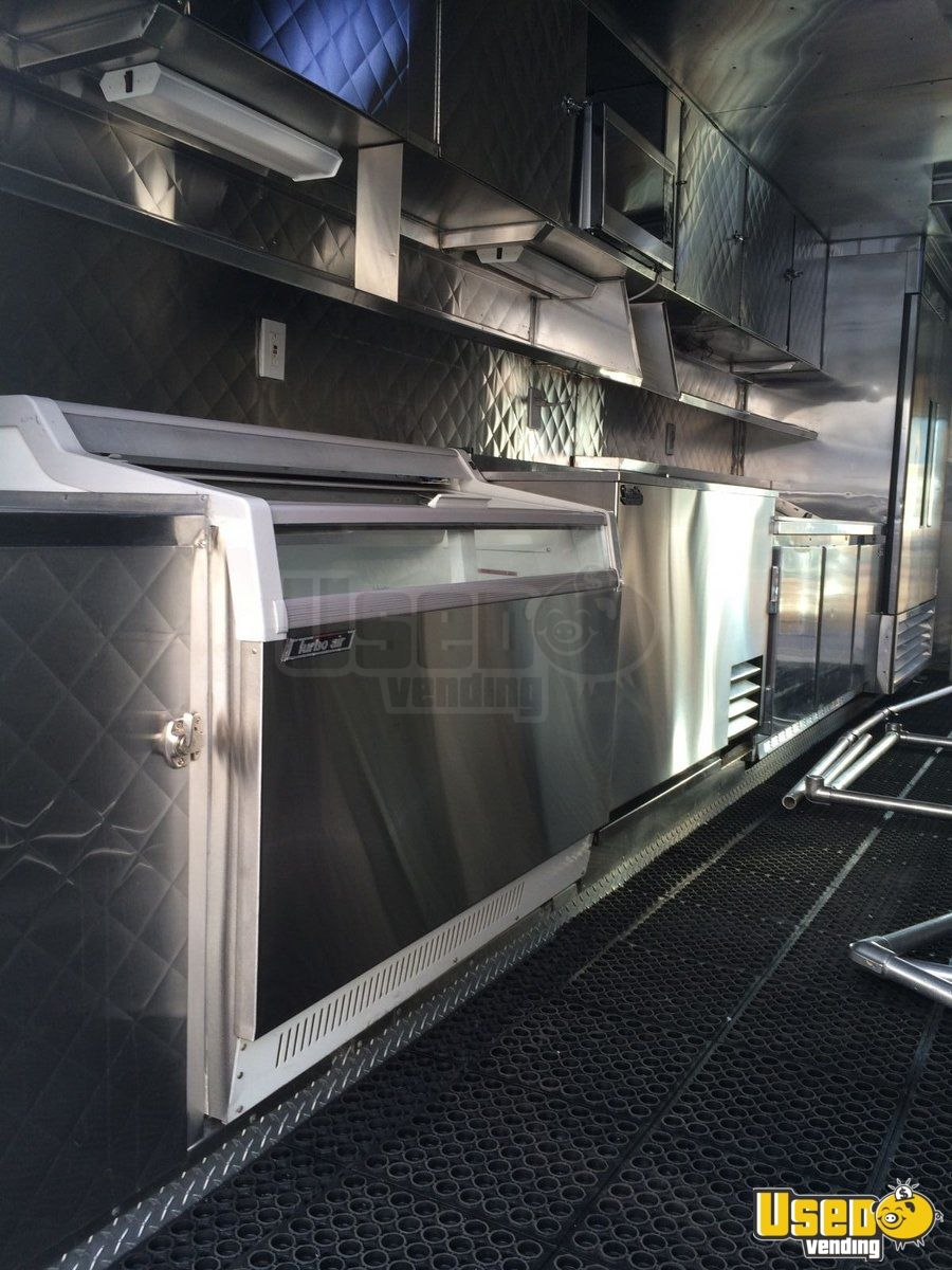 1990 Gruman Olson All-purpose Food Truck Prep Station Cooler California Gas Engine for Sale - 5