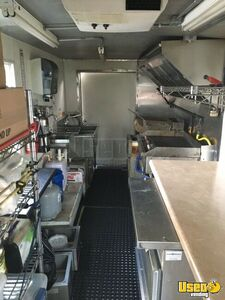 1990 P30 Step Van Kitchen Food Truck All-purpose Food Truck Concession Window Ohio Gas Engine for Sale