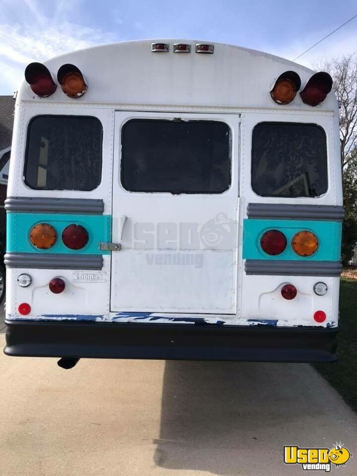 1990 Thomas Mobile Boutique Truck Interior Lighting Kentucky Diesel Engine for Sale - 3