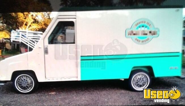 1990 Utility Master Step Van Snowball Truck Concession Window California Gas Engine for Sale - 2