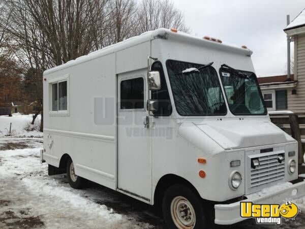 a0d57e62cc Used Grumman Step Van Food Truck for Sale in Massachusetts!!!