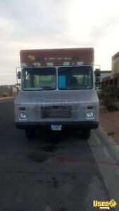 1991 P30 Step Van Kitchen Food Truck All-purpose Food Truck Cabinets Nevada for Sale