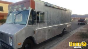 1991 P30 Step Van Kitchen Food Truck All-purpose Food Truck Concession Window Nevada for Sale