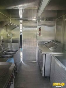1991 P30 Step Van Kitchen Food Truck All-purpose Food Truck Interior Lighting Maryland for Sale