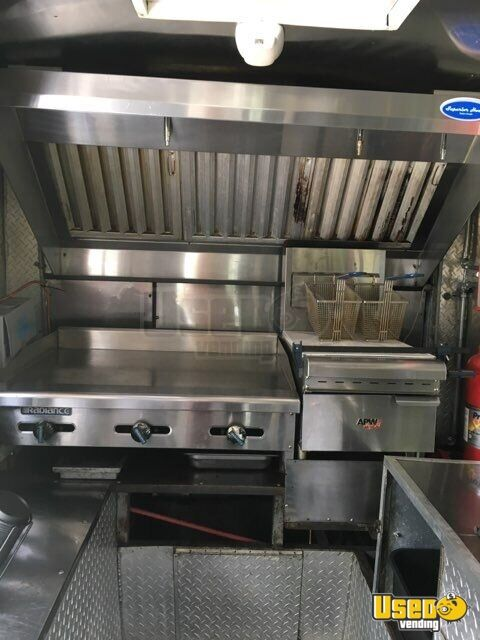 1992 All-purpose Food Truck Diamond Plated Aluminum Flooring New Jersey Gas Engine for Sale - 6
