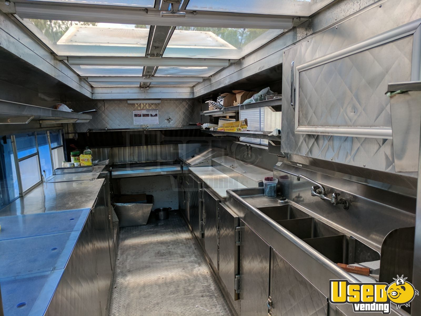1992 Chevy P30 All-purpose Food Truck Steam Table Texas for Sale - 8