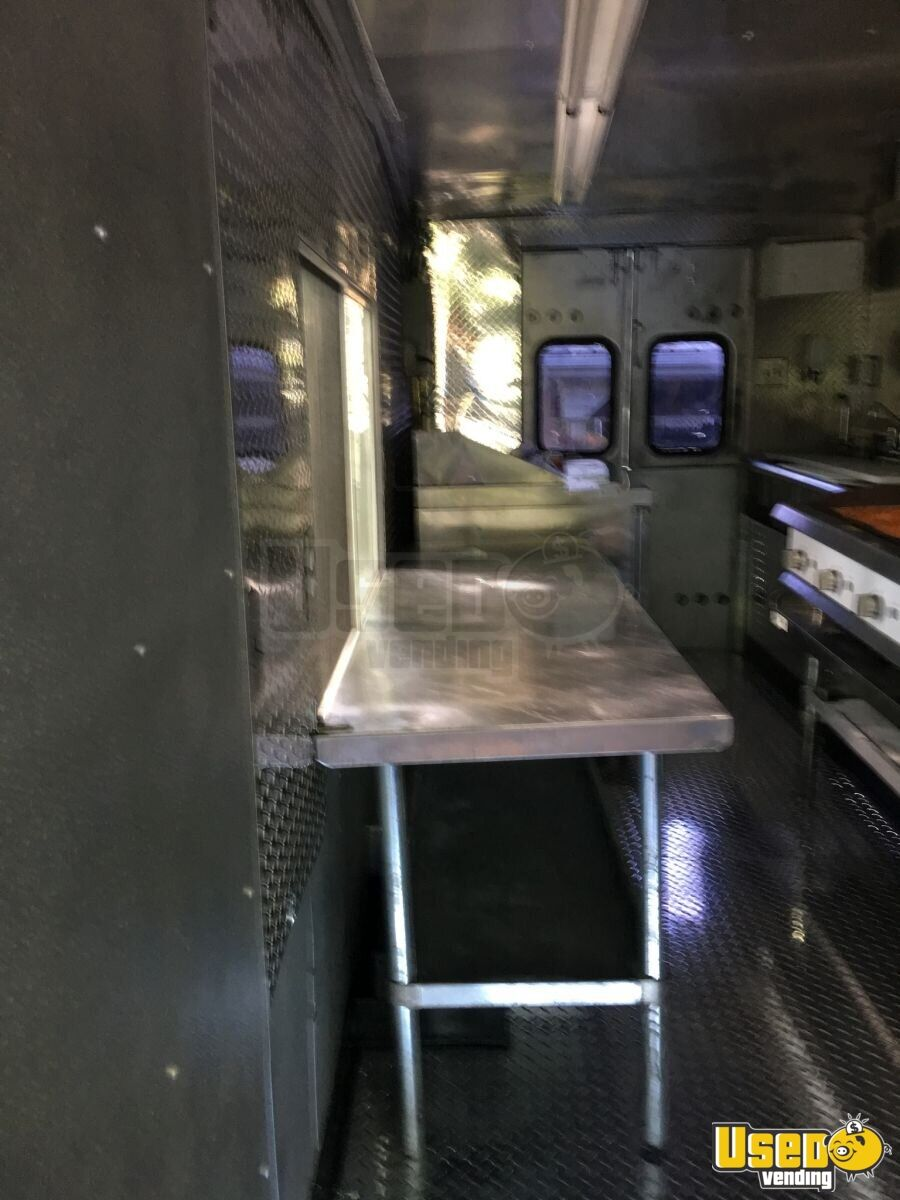 1992 Gmc All-purpose Food Truck Diamond Plated Aluminum Flooring Tennessee Gas Engine for Sale - 5