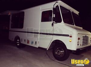 1992 P30 Food Truck All-purpose Food Truck Exhaust Hood Oklahoma Gas Engine for Sale