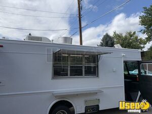 1992 P30 Grumman Olson Workhorse Kitchen Food Truck All-purpose Food Truck Colorado Gas Engine for Sale