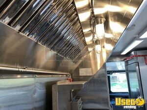 1992 P30 Grumman Olson Workhorse Kitchen Food Truck All-purpose Food Truck Oven Colorado Gas Engine for Sale
