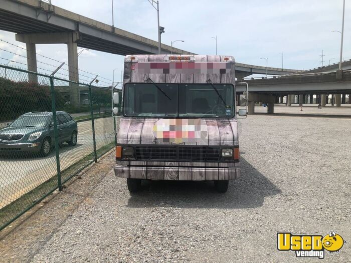 1992 P30 Step Van Kitchen Food Truck All-purpose Food Truck Spare Tire Louisiana Diesel Engine for Sale - 3