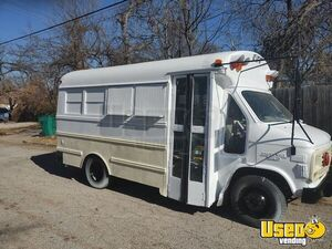 1992 Van G30 Mini Bus Food Truck All-purpose Food Truck Concession Window Oklahoma Gas Engine for Sale
