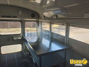 1992 Van G30 Mini Bus Food Truck All-purpose Food Truck Hot Water Heater Oklahoma Gas Engine for Sale