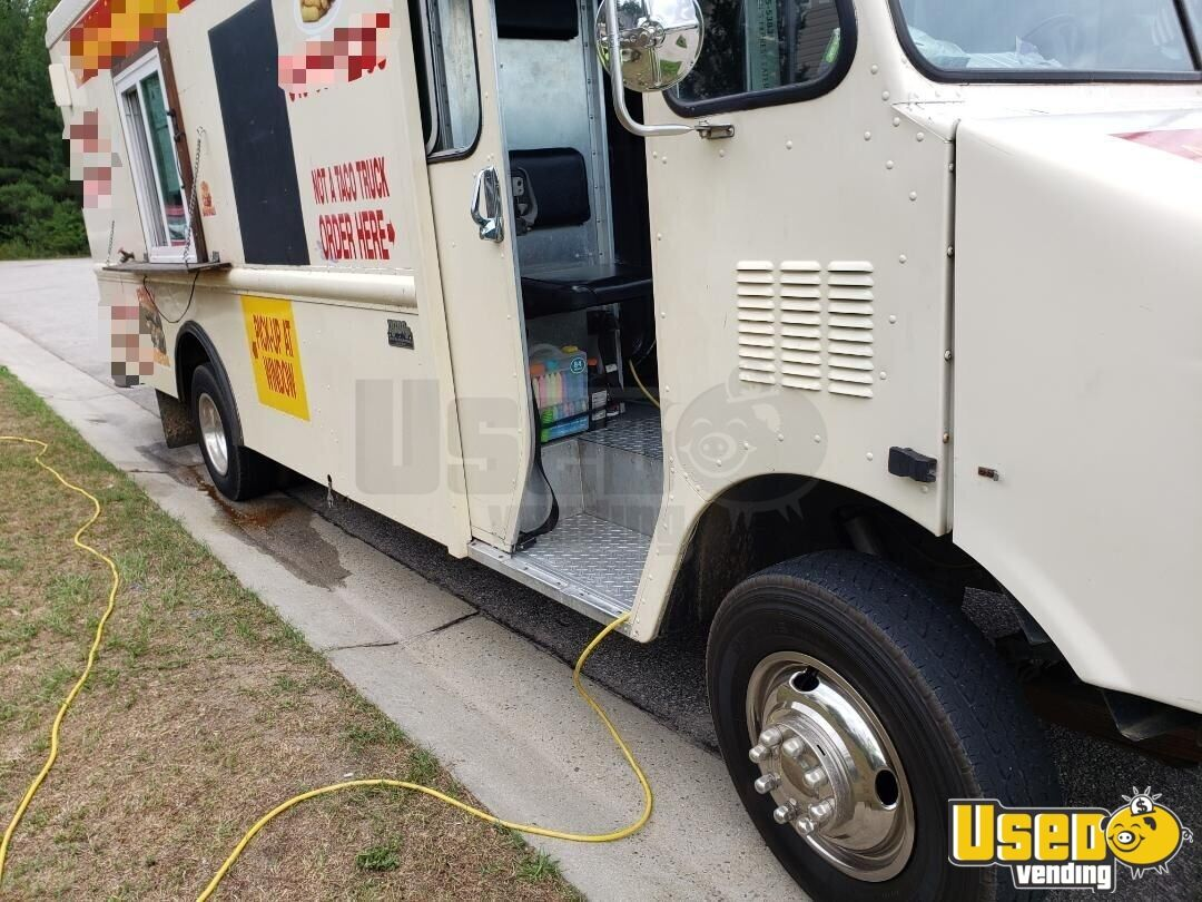 1994 25' P30 Step Van Kitchen Food Truck All-purpose Food Truck Shore Power Cord North Carolina Gas Engine for Sale - 7