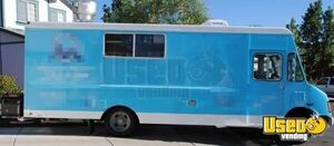 1994 26' P30 Step Van Kitchen Food Truck All-purpose Food Truck Air Conditioning Nevada Diesel Engine for Sale