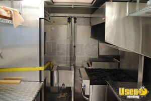 1994 26' P30 Step Van Kitchen Food Truck All-purpose Food Truck Generator Nevada Diesel Engine for Sale