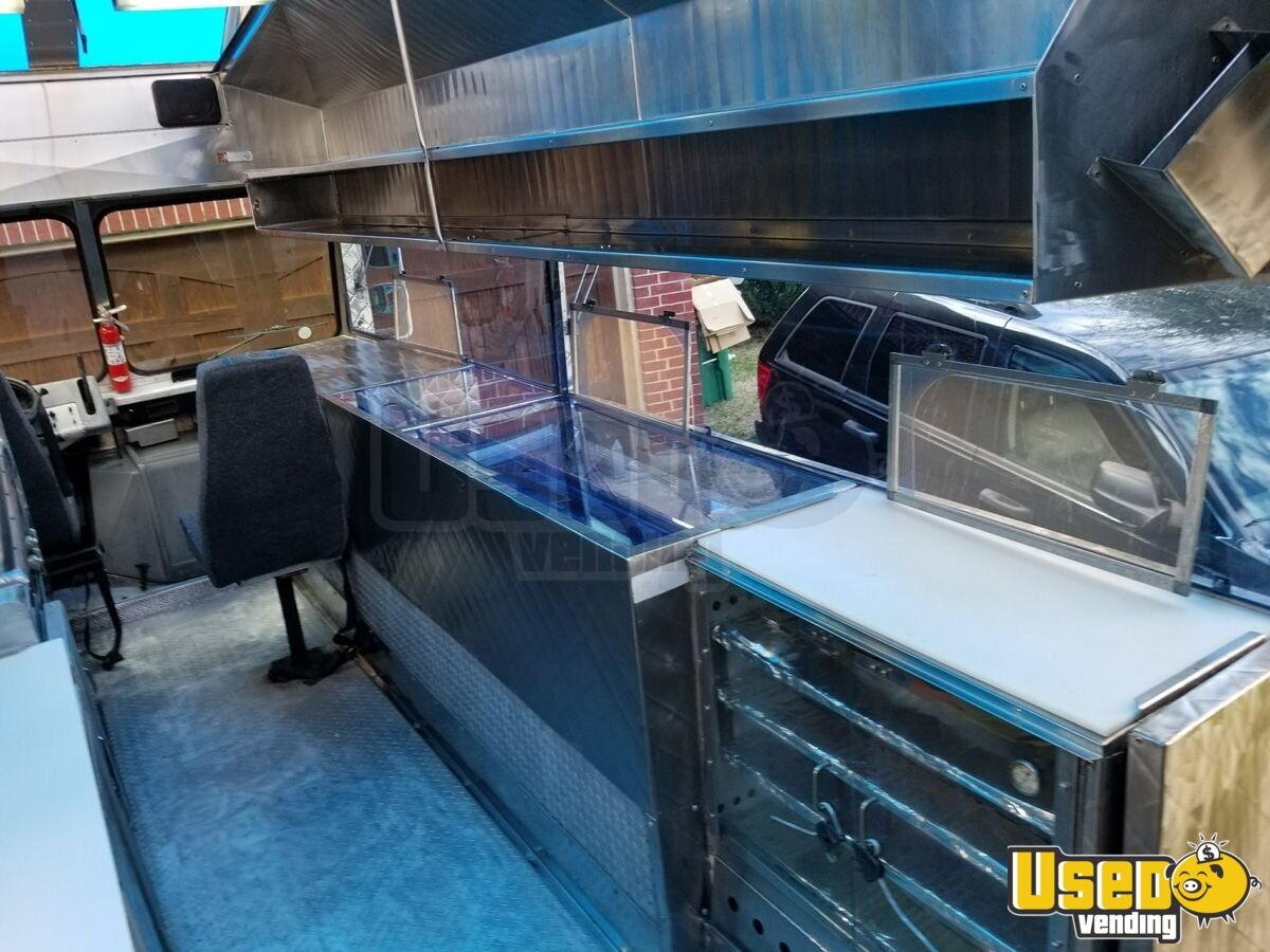 1994 Chevy Step Van P30 Food Truck Fryer Texas Gas Engine for Sale - 10