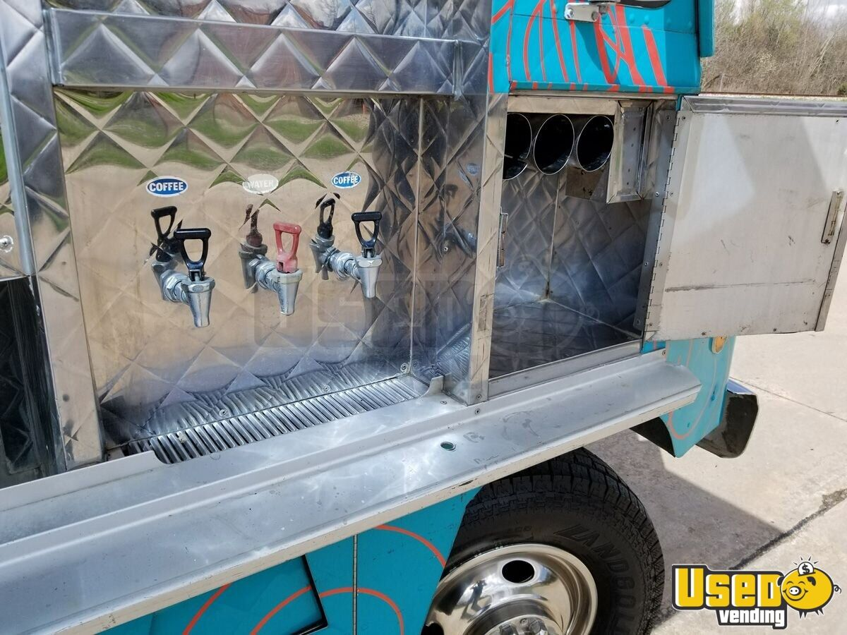 1994 Chevy Step Van P30 Food Truck Refrigerator Texas Gas Engine for Sale - 7