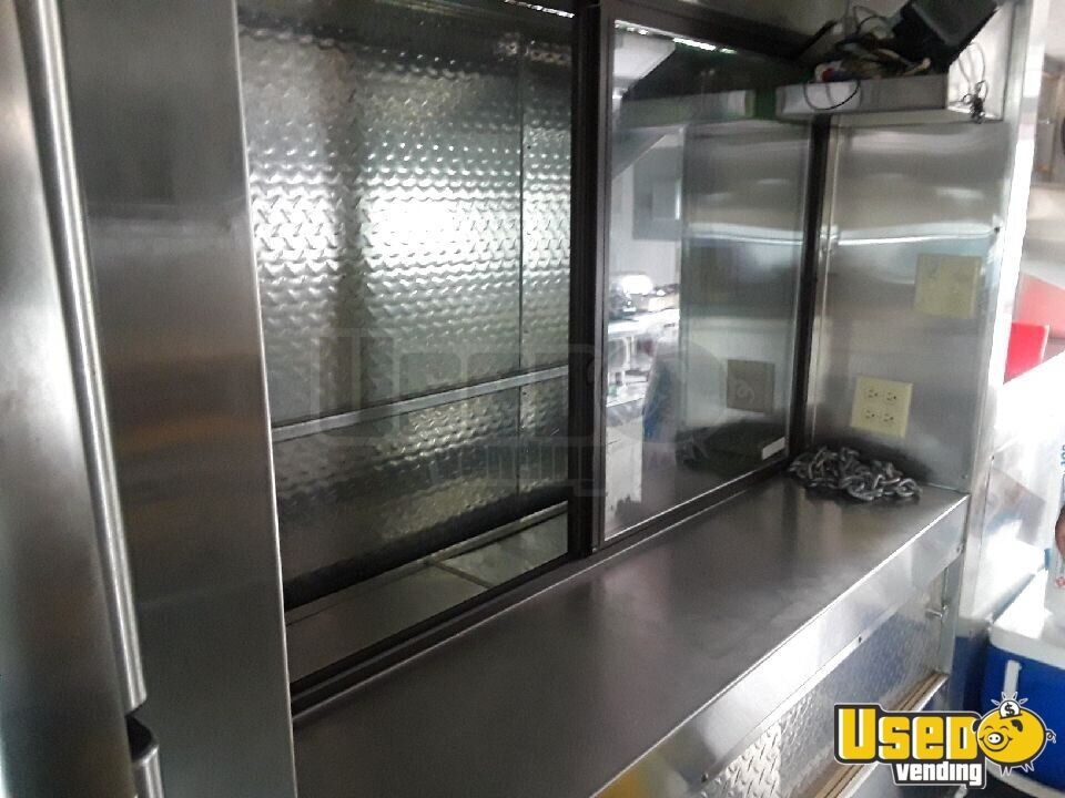 1994 Gmc Vn All-purpose Food Truck Diamond Plated Aluminum Flooring Texas Gas Engine for Sale - 5