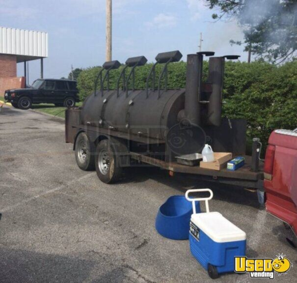 18' Commercial BBQ Smoker and Grill Trailer for Sale in Kentucky!!!