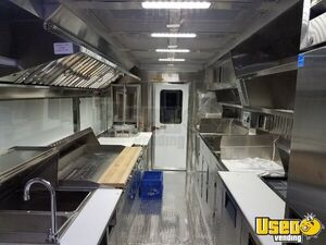 1994 P30 Step Van Kitchen Food Truck All-purpose Food Truck Insulated Walls California Gas Engine for Sale