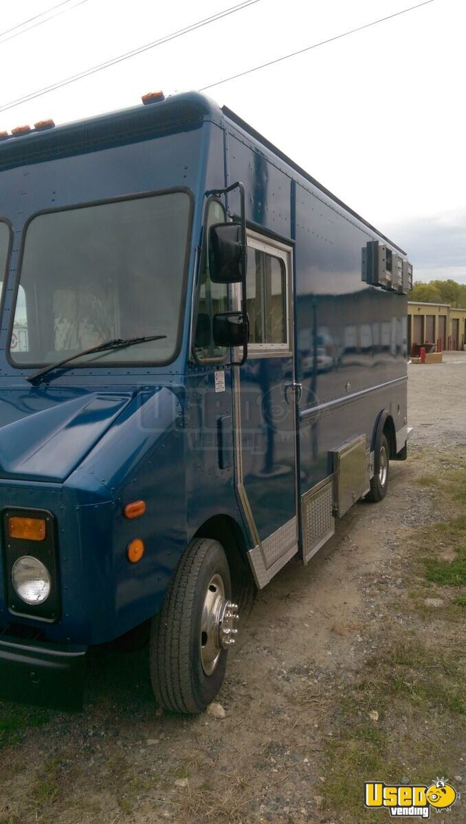 1994 P32 Step Van Kitchen Food Truck All-purpose Food Truck Exterior Customer Counter Maryland Gas Engine for Sale - 6