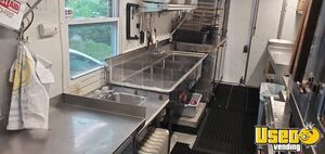 1994 Workhorse Step Van Kitchen Food Truck All-purpose Food Truck Convection Oven Maryland Diesel Engine for Sale