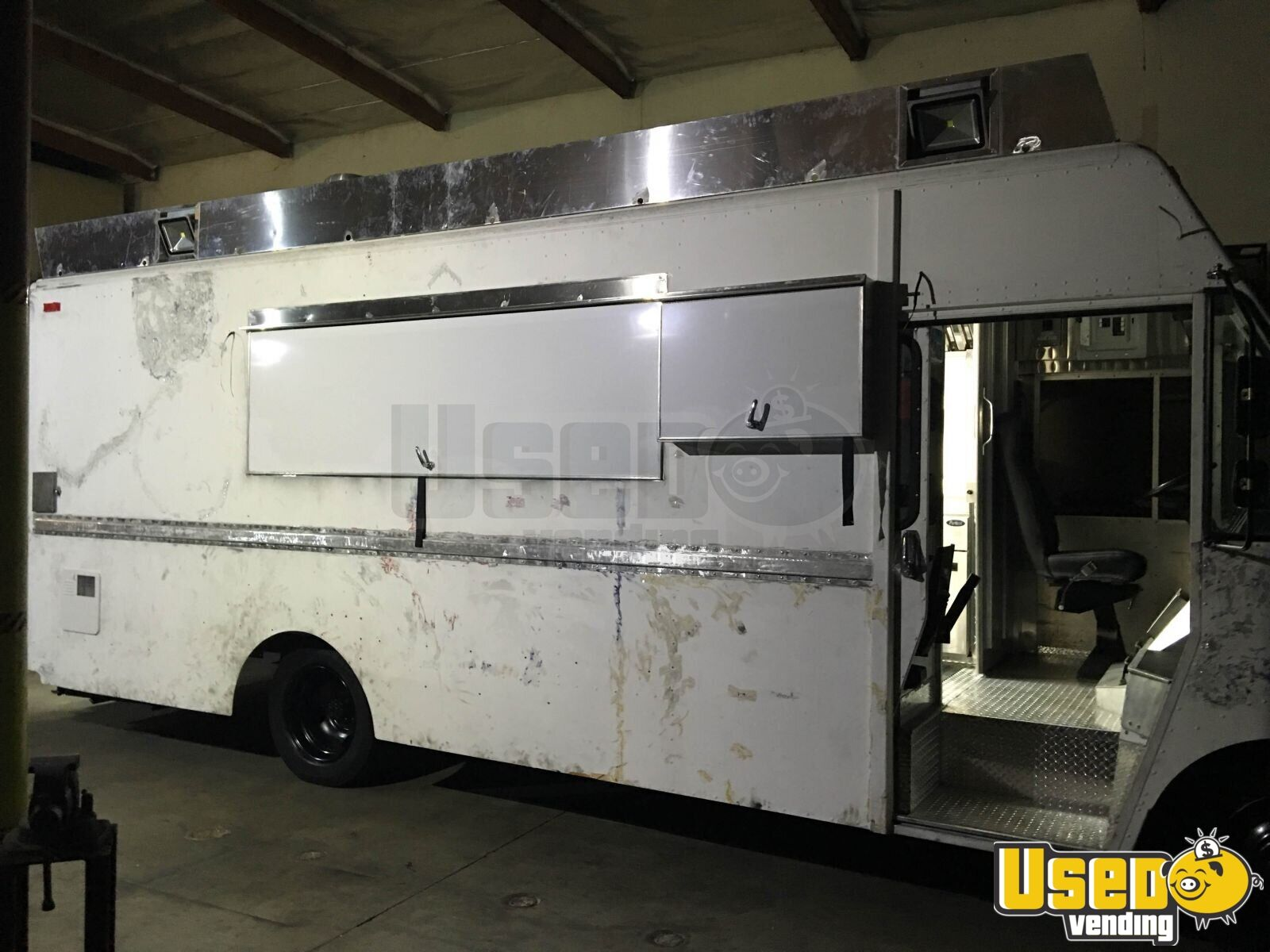 1995 Chevrolet Barbecue Food Truck Air Conditioning California Diesel Engine for Sale - 2