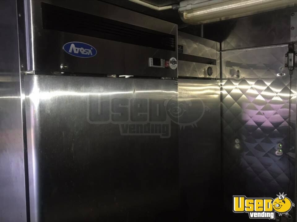 1995 Chevrolet P30 All-purpose Food Truck Upright Freezer Massachusetts Diesel Engine for Sale - 9