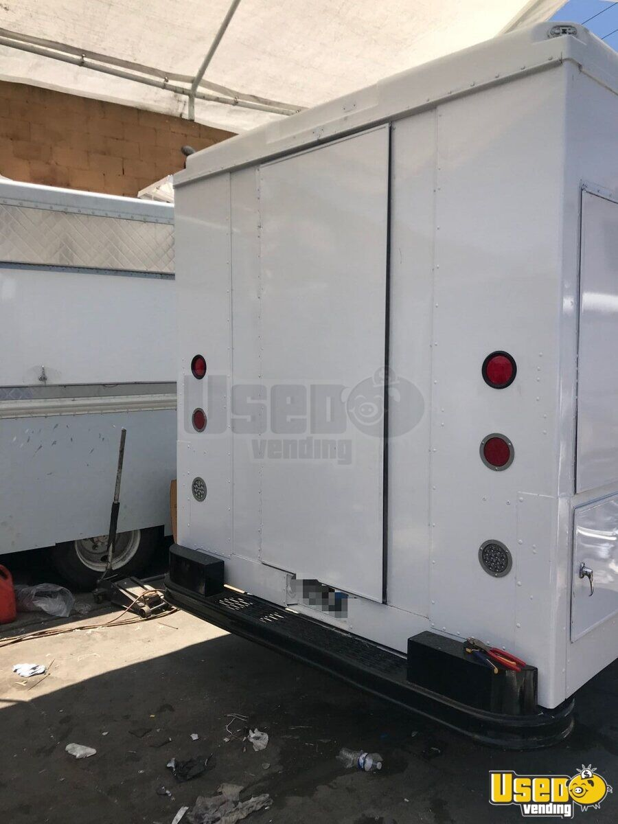 1995 Chevrolet Tx Food Truck Diamond Plated Aluminum Flooring California Diesel Engine for Sale - 7