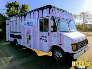 1995 Chevy P30 Food Truck Insulated Walls Utah Diesel Engine for Sale
