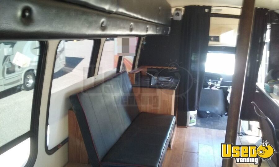 1995 Ford Econ Lt318 Food Truck Exterior Lighting Arizona Diesel Engine for Sale - 9