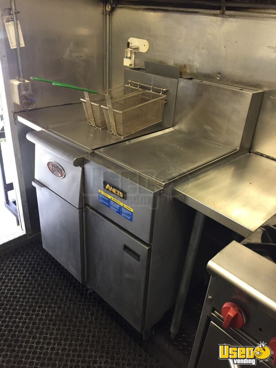 1995 Ford Econoline All-purpose Food Truck Refrigerator Michigan Gas Engine for Sale - 12