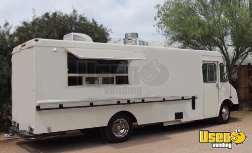 1995 P30 Step Van Kitchen Food Truck All-purpose Food Truck Arizona Gas Engine for Sale