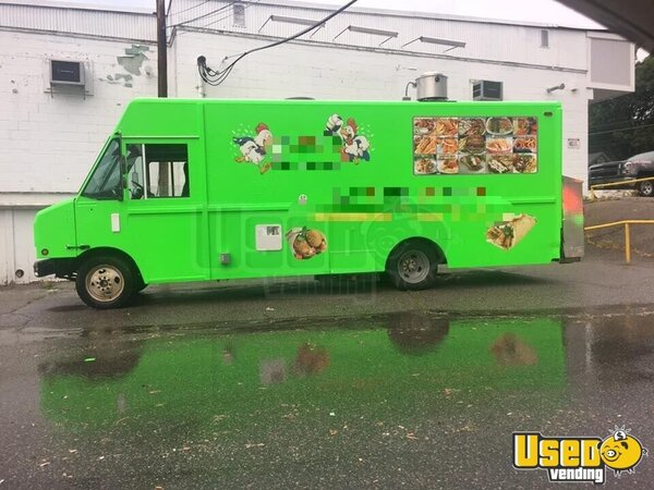 1995 P30 Step Van Kitchen Food Truck All-purpose Food Truck Cabinets Massachusetts Diesel Engine for Sale