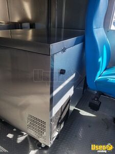 1995 P30 Step Van Kitchen Food Truck All-purpose Food Truck Gas Engine Oklahoma Gas Engine for Sale